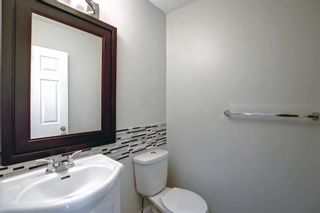 Photo 4: 29 Country Hills Rise NW in Calgary: Country Hills Row/Townhouse for sale : MLS®# A1149774