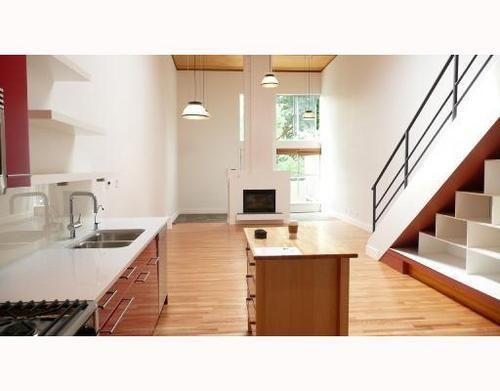 Main Photo: 3 1227 7TH Ave in Vancouver East: Home for sale : MLS®# V708004