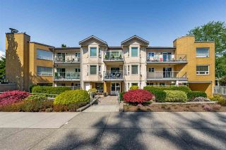 """Photo 4: 304 15255 18 Avenue in Surrey: King George Corridor Condo for sale in """"The Courtyards"""" (South Surrey White Rock)  : MLS®# R2574709"""