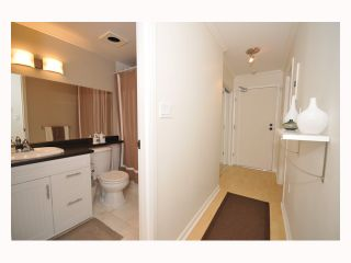 """Photo 2: 107 310 W 3RD Street in North Vancouver: Lower Lonsdale Condo for sale in """"DEVON MANOR"""" : MLS®# V788416"""