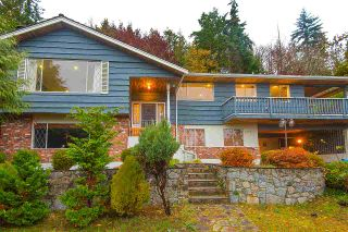 Photo 2: 3115 BENBOW Road in West Vancouver: Westmount WV House for sale : MLS®# R2547707