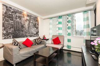 """Photo 5: 1204 1250 BURNABY Street in Vancouver: West End VW Condo for sale in """"THE HORIZON"""" (Vancouver West)  : MLS®# R2425959"""