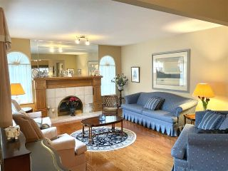"""Photo 17: 13381 MARINE Drive in Surrey: Crescent Bch Ocean Pk. House for sale in """"Ocean Park"""" (South Surrey White Rock)  : MLS®# R2546593"""