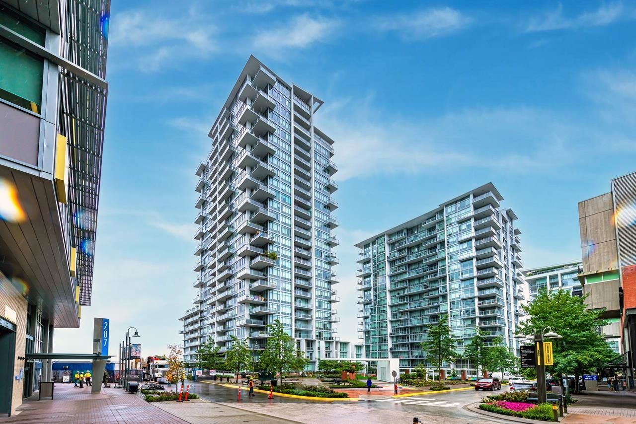 Main Photo: 701 258 NELSON'S Court in New Westminster: Sapperton Condo for sale : MLS®# R2617910