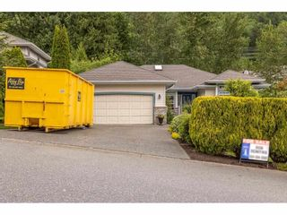Photo 1: 36047 EMPRESS Drive in Abbotsford: Abbotsford East House for sale : MLS®# R2580477