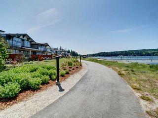 "Photo 16: 5927 BEACHGATE Lane in Sechelt: Sechelt District Townhouse for sale in ""Edgewater"" (Sunshine Coast)  : MLS®# R2328680"