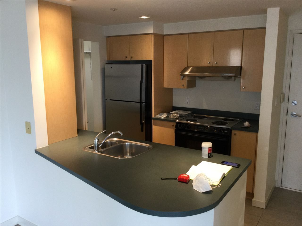 """Photo 3: Photos: 2001 1009 EXPO Boulevard in Vancouver: Yaletown Condo for sale in """"Landmark 33"""" (Vancouver West)  : MLS®# R2547504"""