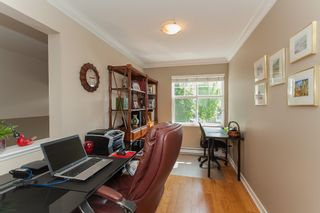"""Photo 42: 1 15450 ROSEMARY HEIGHTS Crescent in Surrey: Morgan Creek Townhouse for sale in """"CARRINGTON"""" (South Surrey White Rock)  : MLS®# R2201327"""