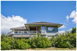 Photo 2: 2598 Golf Course Drive in Blind Bay: Shuswap Lake Estates House for sale : MLS®# 10102219