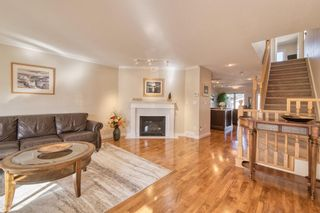 Photo 2: 2004 32 Street SW in Calgary: Killarney/Glengarry Detached for sale : MLS®# A1090186