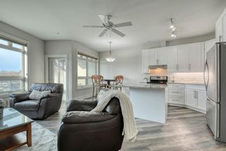 Photo 3: 302 2 14 Street NW in Calgary: Hillhurst Apartment for sale : MLS®# A1145344