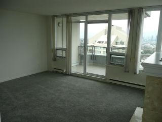 """Photo 10: 1900 4825 HAZEL Street in Burnaby: Forest Glen BS Condo for sale in """"THE EVERGREEN"""" (Burnaby South)  : MLS®# R2554799"""