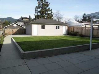 Photo 10: 432 12TH Street E in North Vancouver: Central Lonsdale Home for sale ()  : MLS®# V993895