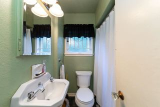 Photo 10: 1921 TATLOW Avenue in North Vancouver: Pemberton NV House for sale : MLS®# R2407439