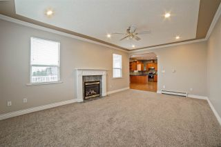 """Photo 10: 33834 GREWALL Crescent in Mission: Mission BC House for sale in """"College Heights"""" : MLS®# R2256686"""