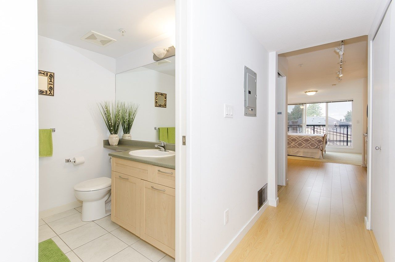 "Main Photo: 314 1503 W 65TH Avenue in Vancouver: S.W. Marine Condo for sale in ""The Soho"" (Vancouver West)  : MLS®# R2203348"
