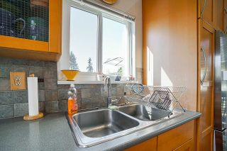 Photo 12: 230 W 15TH Avenue in Vancouver: Mount Pleasant VW Townhouse for sale (Vancouver West)  : MLS®# R2571760
