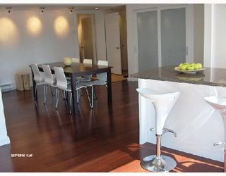 """Photo 3: 1701 888 PACIFIC Street in Vancouver: False Creek North Condo for sale in """"PACIFIC PROMENADE"""" (Vancouver West)  : MLS®# V675304"""