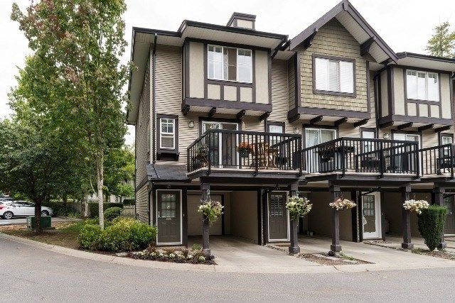 """Main Photo: 43 20176 68 Avenue in Langley: Willoughby Heights Townhouse for sale in """"Steeplechase"""" : MLS®# R2109698"""
