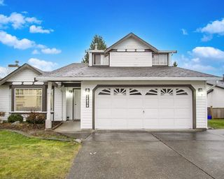 Photo 2: 14924 86A Avenue in Surrey: Bear Creek Green Timbers House for sale : MLS®# R2574026