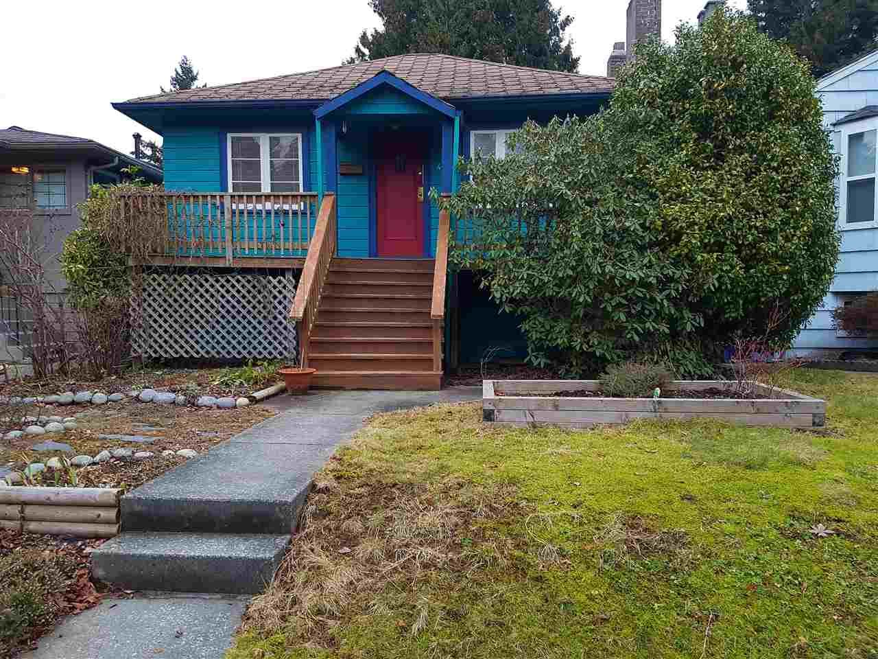 """Main Photo: 4433 W 16TH Avenue in Vancouver: Point Grey House for sale in """"West Point Grey"""" (Vancouver West)  : MLS®# R2137139"""