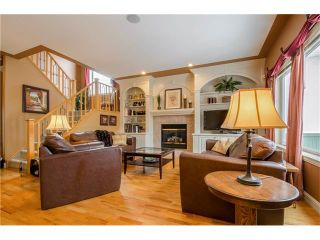 Photo 5: 243 STRATHRIDGE Place SW in Calgary: Strathcona Park House for sale : MLS®# C4101454