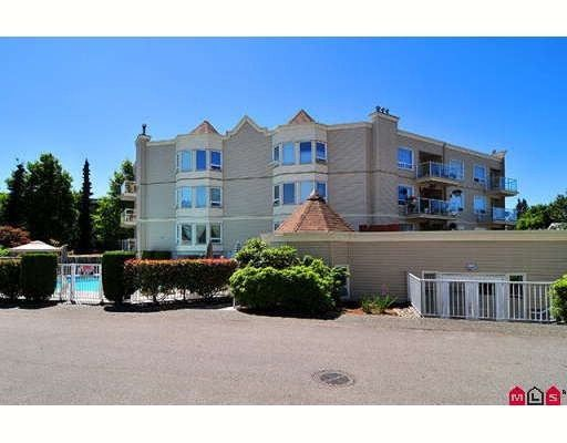 Main Photo: 206 9295 122ND Street in Surrey: Queen Mary Park Surrey Condo for sale : MLS®# F2822234