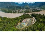 Main Photo: 21400 TRANS CANADA Highway in Hope: Hope Center House for sale : MLS®# R2579702
