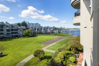 """Photo 4: 1859 SPYGLASS Place in Vancouver: False Creek Condo for sale in """"San Remo"""" (Vancouver West)  : MLS®# R2604077"""