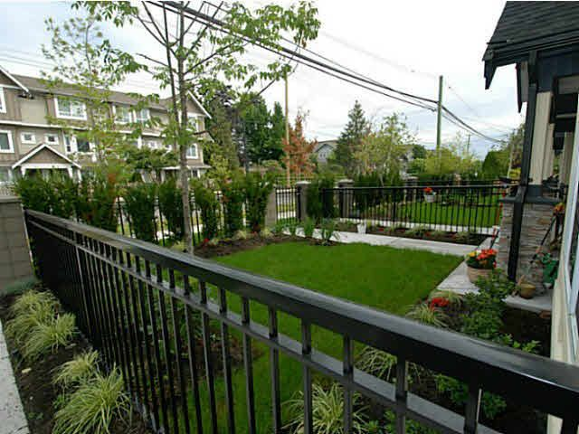 Photo 5: Photos: 6 7028 ASH Street in Richmond: McLennan North Townhouse for sale : MLS®# V1080873