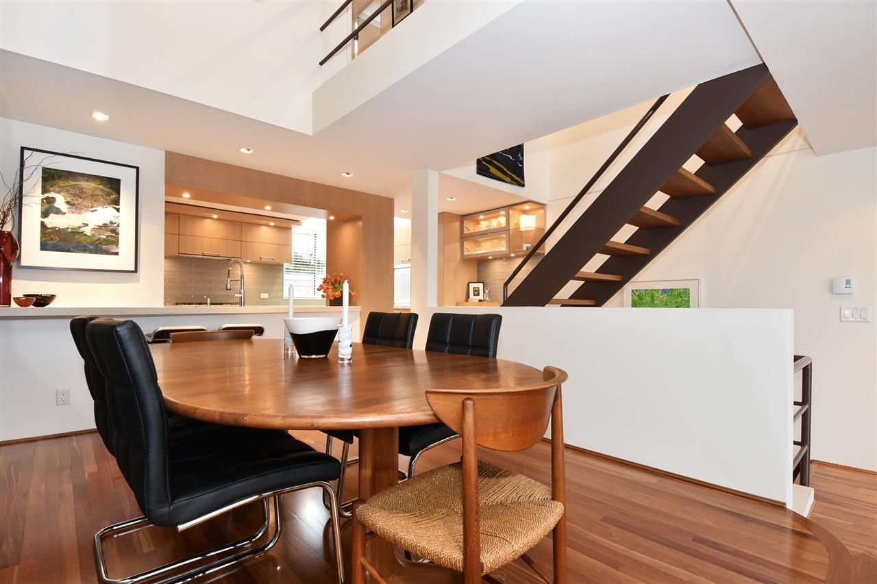 """Photo 6: Photos: 2311 OAK Street in Vancouver: Fairview VW Townhouse for sale in """"OAKVIEW TERRACE"""" (Vancouver West)  : MLS®# R2151089"""