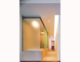 """Photo 4: 204 36 WATER Street in Vancouver: Downtown VW Condo for sale in """"TERMINUS"""" (Vancouver West)  : MLS®# V755788"""