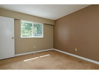 "Photo 11: 15970 N BLUFF Road: White Rock House for sale in ""White Rock"" (South Surrey White Rock)  : MLS®# F1450354"