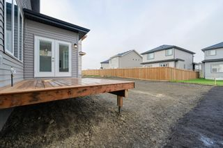 Photo 4: 4708 Charles Bay: Edmonton House  : MLS®# E4186017