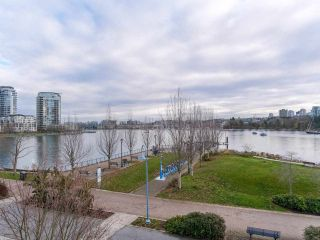 "Photo 19: 268 BEACH Crescent in Vancouver: Yaletown Townhouse for sale in ""Ericson"" (Vancouver West)  : MLS®# R2530235"