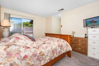 Photo 10: SANTEE House for sale : 3 bedrooms : 10392 Rochelle Ave