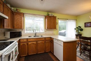 Photo 6: 16268 14 Avenue in Surrey: King George Corridor House for sale (South Surrey White Rock)  : MLS®# R2009127