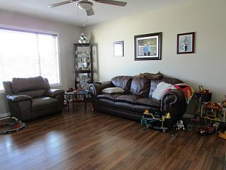 """Photo 5: 7916 97TH Avenue in Fort St. John: Fort St. John - City SE 1/2 Duplex for sale in """"NORTH ANNEOFIELD"""" (Fort St. John (Zone 60))  : MLS®# N234446"""