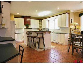 "Photo 8: 8446 167TH Street in Surrey: Fleetwood Tynehead House for sale in ""CEDAR GROVE"" : MLS®# F2701829"
