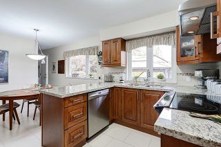 Photo 6: 660 GATENSBURY STREET in Coquitlam: Central Coquitlam House for sale : MLS®# R2040132