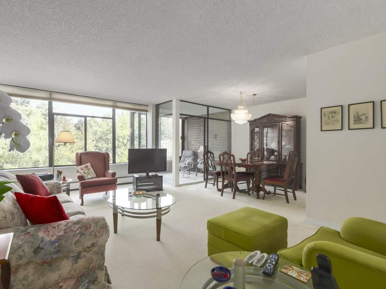 """Main Photo: 310 2101 MCMULLEN Avenue in Vancouver: Quilchena Condo for sale in """"Arbutus Village"""" (Vancouver West)  : MLS®# R2478885"""