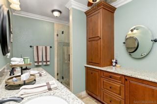 Photo 11: SAN DIEGO House for sale : 4 bedrooms : 11155 Oakcreek Dr in Lakeside