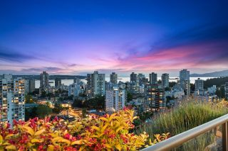 """Main Photo: 2402 1723 ALBERNI Street in Vancouver: West End VW Condo for sale in """"The Park"""" (Vancouver West)  : MLS®# R2621229"""