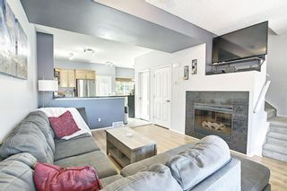Photo 4: 207 STRATHAVEN Mews: Strathmore Row/Townhouse for sale : MLS®# A1121610