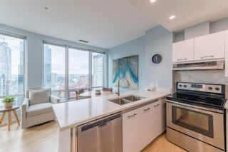 """Photo 10: 1403 989 NELSON Street in Vancouver: Downtown VW Condo for sale in """"THE ELECTRA"""" (Vancouver West)  : MLS®# R2617547"""