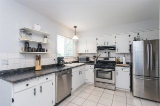 Photo 5: 1617 WESTERN Drive in Port Coquitlam: Mary Hill House for sale : MLS®# R2590948