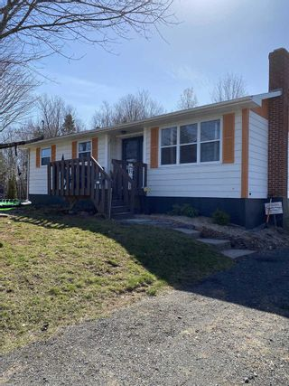 Photo 2: 875 Bezanson Court in North Kentville: 404-Kings County Residential for sale (Annapolis Valley)  : MLS®# 202107882
