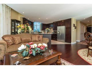 """Photo 6: 104 14824 NORTH BLUFF Road: White Rock Condo for sale in """"The BELAIRE"""" (South Surrey White Rock)  : MLS®# R2230178"""
