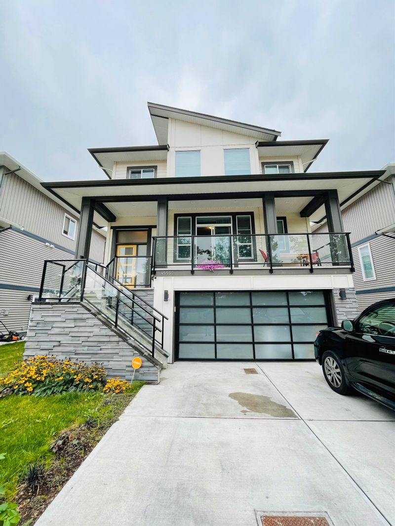 FEATURED LISTING: 45552 MEADOWBROOK Drive Chilliwack