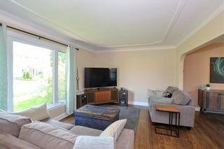 Photo 3: 300 Leighton Avenue in Winnipeg: North Kildonan Residential for sale (3F)  : MLS®# 202122047